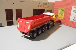 tracteur man 18.480ch avec semi-remorque benne de chez eligor au 1/43.
