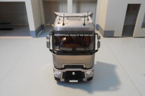 tracteur renault t520ch de chez eligor 1/43.