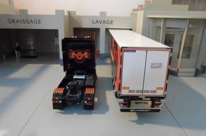 tracteur scania R de 560ch des tp staf avec semi-remorque lamberet sr2 super beef+ groupe thermo au 1/43 de chez eligor.