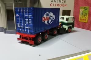 tracteur scania ltb 141 avec semi-remorque porte container 20 au 1/43.(transfo fait maison)