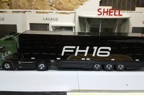 tracteur volvo fh16 de 660ch avec semi-remorque frigo thermo king au 1/43 de chez motorart.