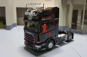 tracteur scania streamline topline r 730 v8 red by brm limited édition de chez eligor au 1/43.