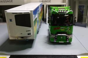 tracteur renault t520 high semi-remorque frigo chereau hayon trs staf de chez eligor au 1/43.