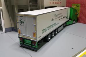 volvo fh3 500ch semi-remorque chereau frigo des trs du vivarais modèle eligor au 1/43.