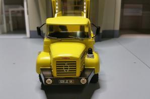 berliet glm 12 6x4 multibenne marel bbm modèle au 1/43.( collection berliet numéro 15 hachette).