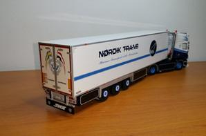 scania r topline 4x2 semi-remorque frigo thermo king  transport nordik line modèle wsi au 1/50.