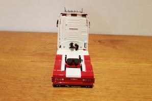 volvo fh longline mt transport modèle tekno au 1/50.