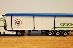 daf xf 106 space cab 4x2 semi-remorque fond mouvant transport tit modèle wsi au 1/50.