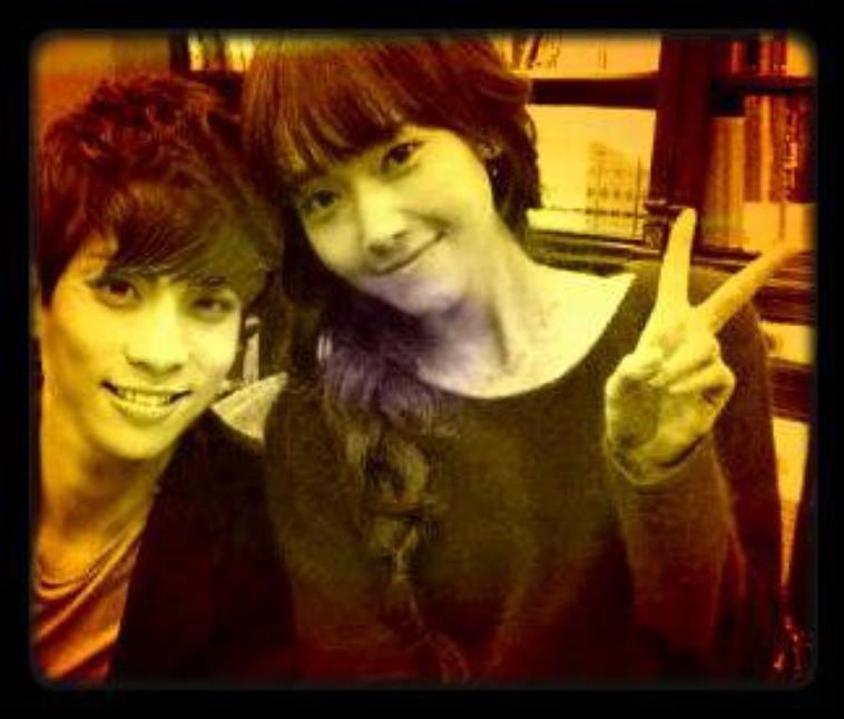 """Os : """"In my memory, won't my heart believe """" JongSica <3"""