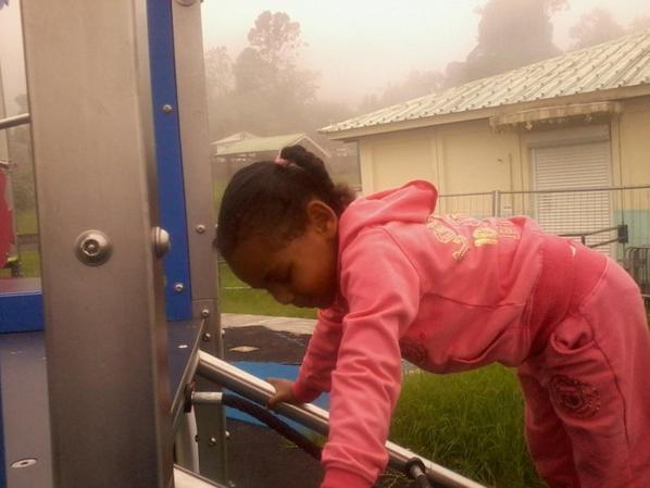 on a passé une tre bonne journée de samedi après midi a dos d ane un temps couvert en chantons de la bonne musique la pluie c est arrêter lol on a bien amuser a faire des jeux  a ma fille de 4ans on a bien rigoler