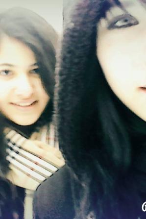 le monde peut s'écroulé , une fleur peut se faner mais notre amitié ne peut durer qu'une éternité !