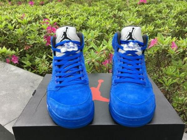 AIR JORDAN 5 V BLUE SUEDE