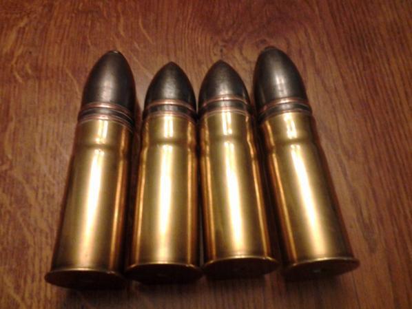 4 magnifique obus français 14, 18 totalement inerte !