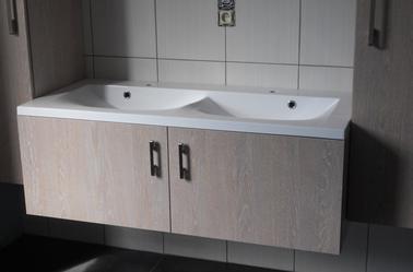 Fabrication d 39 un meuble de salle de bain sur mesure jean - Fabricant meuble de salle de bain ...