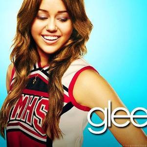 J'aimerais bien que Miley soit dans Glee! :D <3