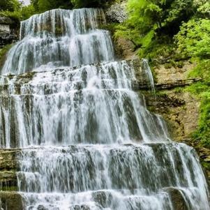 l'éventail, une des 7 cascades du Hérisson, dans la Jura, Fr