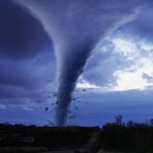 tornade photographier pas des chasseur de tornades  en ameri