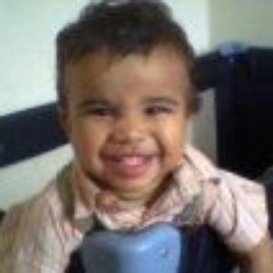 ça c'est mon grand bébé wassim a 1 an il est trop mimi