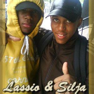 LaSsiioO & Siijla un thême Que  Yeess Yeeesss Yeeeeeeesssss