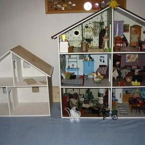 My first dollhouse, the Riikonen house, and the sauna/guest