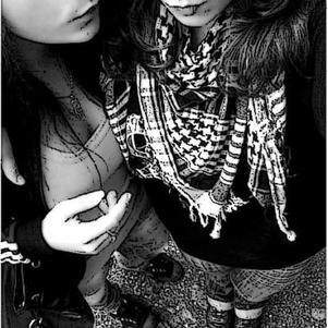 RiTALE & GUESH . .  ( L )