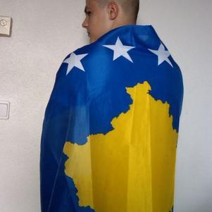 kosovar et fiere de l etre!