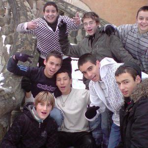 Adil ,Haro, Joris, Moi, Islam, Boris, Julien et Dylan