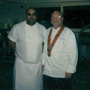 moi et monsieur cardinal patron du sanglier des ardennes
