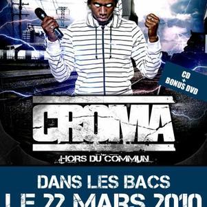 HORS DU COMMUN DANS LES BACS LE 22 MARS!!! CD + DVD