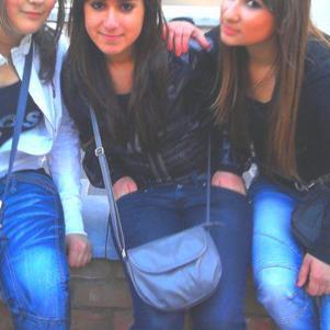 les filles (l)