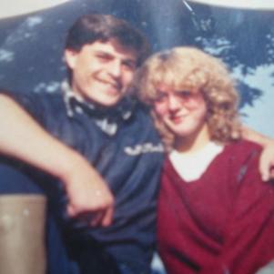 moi rt mon épouse  aus vendangé  a 20 ans