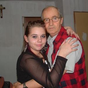 elle adore son grand père