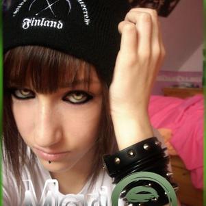 Piercing et Bonnet COB :D♥