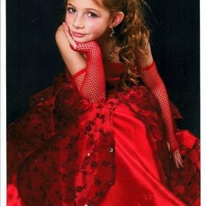 julie au concour de mini miss le 31 octobre a beuvry