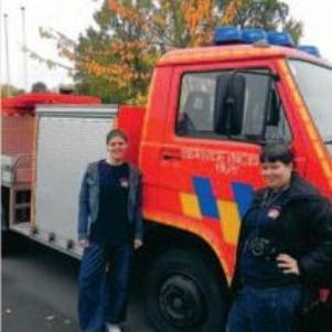 moi et ma meilleur amie, fan des pompiers de Huy