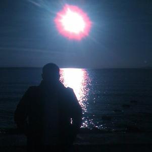6h du matin devant la mer !! seule endroit ou je me trouve..