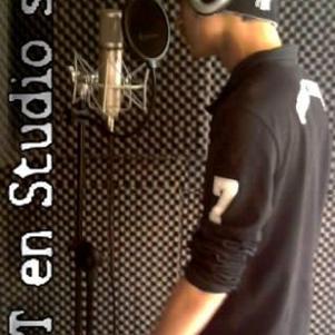 M.I.T Mc En Studio