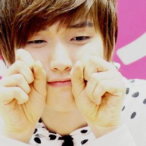 aww ~ Sandeul is soooo cute ♥