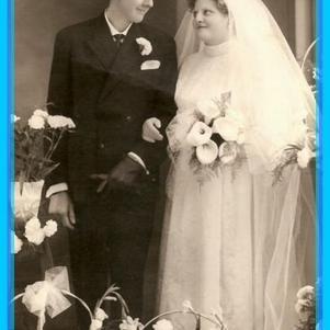 MON PAPA AVEC MA MAMAN LE JOUR DE LEUR MARIAGE