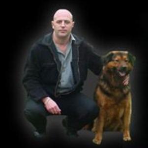 Moi et mon chien oliver que j'ai sauvé de la meurt