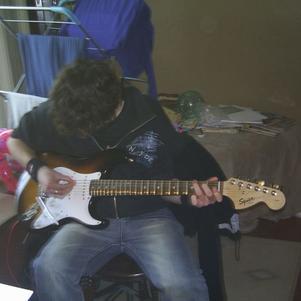 Moi Qui Fait D'la Guitare Dans La Famille Anglaise