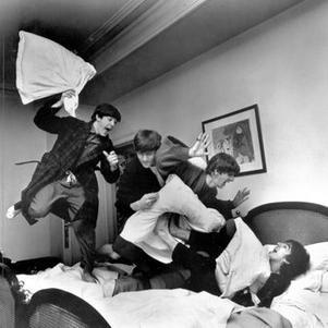 4 Beatles (l)