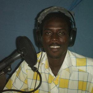 je suis au studio de ma radio