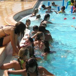 A la piscine ^^