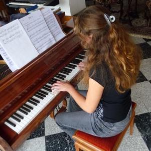 Moi prise en flag de piano