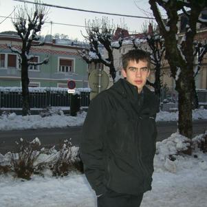 Voila une photo récente de moi ;)