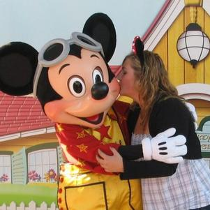 Mickey && Minny's