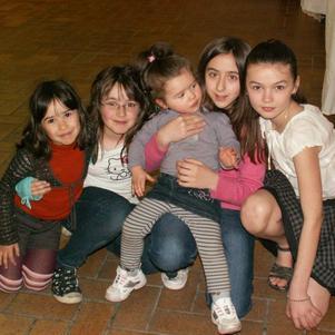 Manon, Marie, Léa, Nelly et Coralie