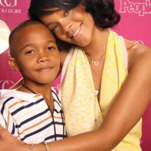 Rihanna é son ti frero