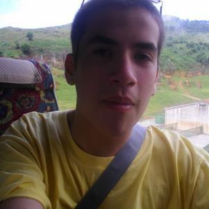 Moi dans le car en Espagne^^